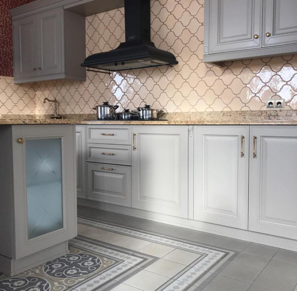 Керамическая плитка нежный беж для кухни