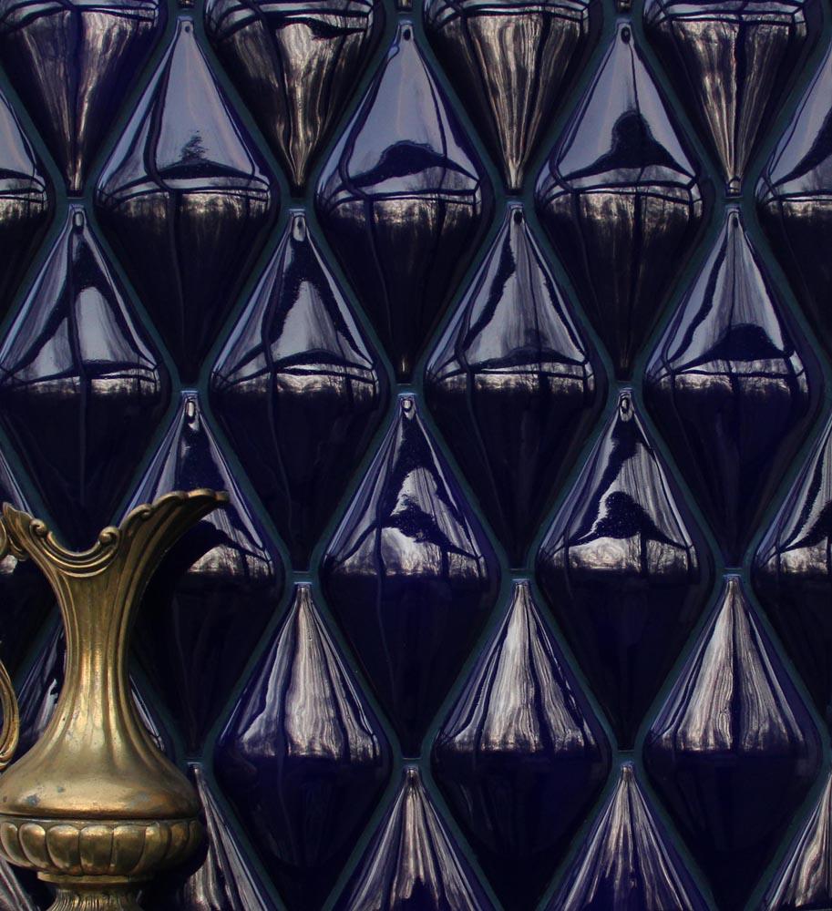 Авторская плитка из керамики ручной работы