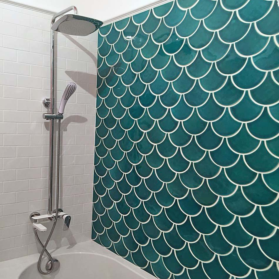 Бирюзовая плитка для ванных комнат