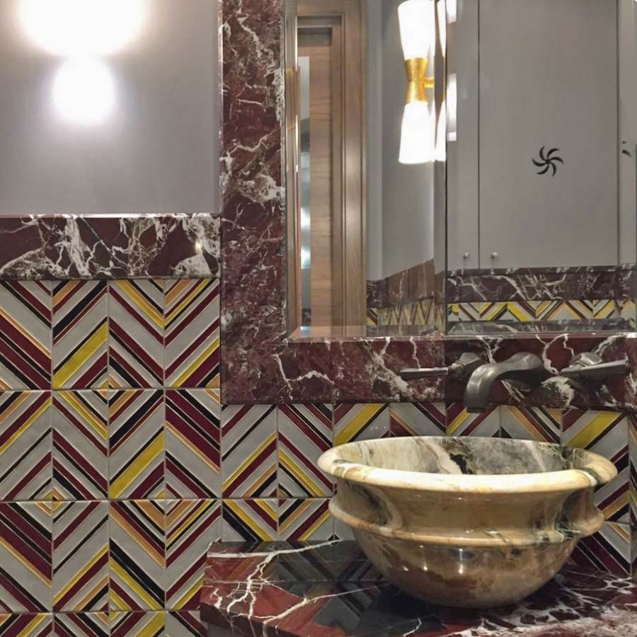 Плитка с рисунком для ванной комнаты